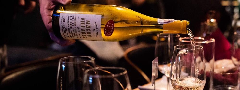 Wydarzenie Zbawcy Uczą - baner Wino